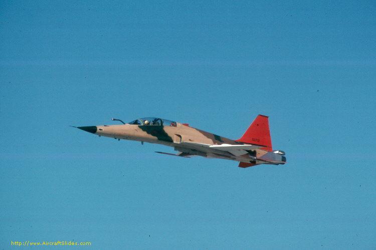 الموسوعه الفوغترافيه لصور القوات الجويه الملكيه السعوديه ( rsaf ) 75-0713_1