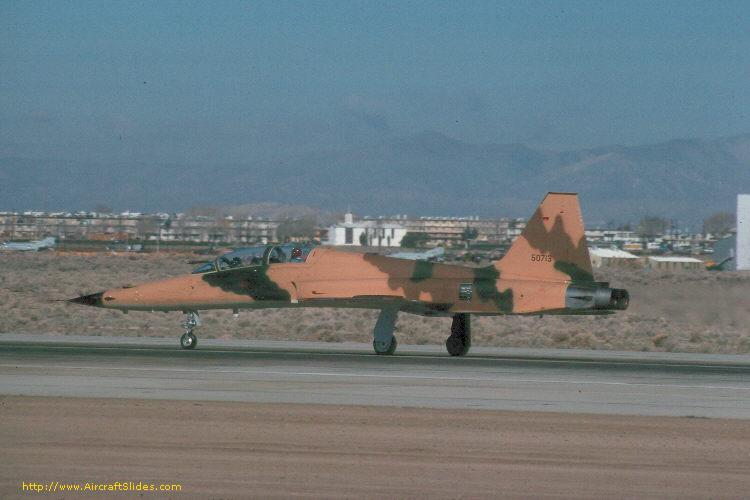 الموسوعه الفوغترافيه لصور القوات الجويه الملكيه السعوديه ( rsaf ) 75-0713_4